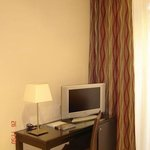 Photo de Hotel Exe Suites 33