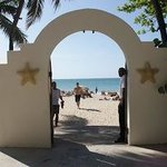 Door to beach (Here they control the ppl not staying at the resort)