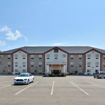 Broken Bow Hotel & Suites
