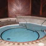 Newly Renovated Whirlpool / Therapeutic bath