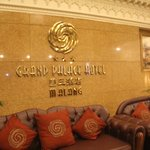 The Grand Palace Hotel Malang Foto