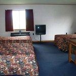 We offer comfortable & spacious triple rooms with 3 full or queen beds.