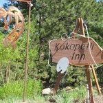 Sign at the end of the driveway of the Kokopelli Inn.