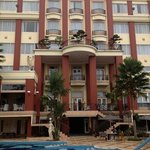 Hotel Wahid backside