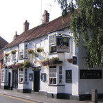 The Queens Head Pub & Hotel