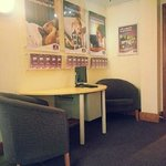 صورة فوتوغرافية لـ ‪Premier Inn Manchester - Handforth‬