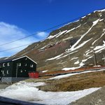 Good view of the Spitsbergen Guesthouse's surroundings