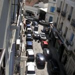 vista dalla camera su Rue Mustapha M'Barek