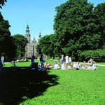 Picnic in the Kings Garden