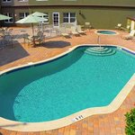 Outdoor Pool & Whirlpool