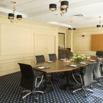 Cambridge Boardroom: Crowne Plaza Portland Downtown Convention