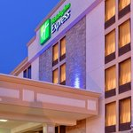 Holiday Inn Express Flint- Campus Area