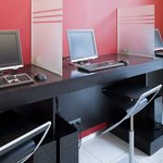 Stay in touch in our fully equiped Business Center