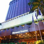 Sheraton Towers Singapore Hotel Facade