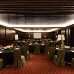 Raffles Dubai Meeting Room