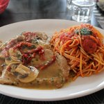 Pork scallopini with tomato pasta (yum)