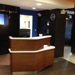 Courtyard by Marriott Chicago St. Charles resmi