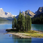 Spirit Island on Maligne Lake!
