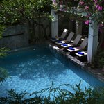 Golden Banana Boutique Hotel By Rambutan