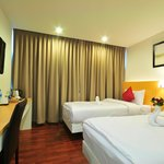 Win Long Place Hotel