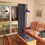 Photo of Hotel Apartamentos Portu Saler