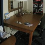 HIX Cherokee Desk Area