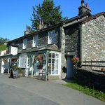 The Three Shires Inn resmi