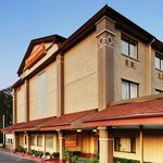 Orangewood Inn and Suites Austin North