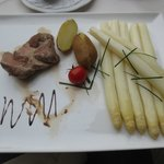 White Asparagus dinner - 30 Euro with 2 beers.