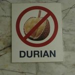 Durian.Stinkfrucht ist in Hotels nich elaubt
