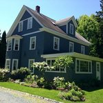 The Crocker House Country Inn resmi