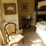 Foto de Glyn Isa 17th Century Country House