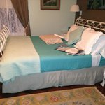 King Bed in Pamlico River Room