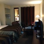 Photo de Chateau Regina Hotel & Suites