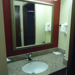 Foto van Red Roof Inn & Suites Cincinnati North-Mason