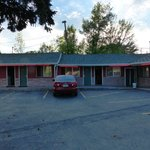 Photo de Budget Host Parkway Motel