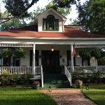 White Oak Manor Bed and Breakfast resmi