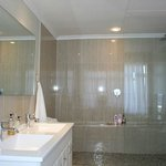 Bathroom with Huge Shower & bathtub