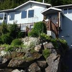 Jamestown Bay Inn Bed and Breakfast