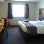 Photo de Premier Inn Southampton Airport