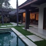 Photo de Grand Avenue Bali