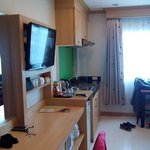 Photo de Green Harbor Service Apartment