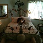 Foto de A Rhinestone Rose Bed & Breakfast