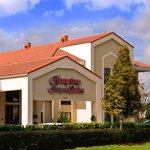 Welcome to Hampton Inn & Suites Orlando-East-Univ. of Central FL