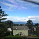 Using my cell, without zooming, this was the ocean view from the sliding door, not stepping out.