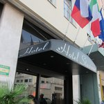 "Hotel Stazione is just under ""Hotel New York"""