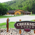 Creekside Lodge resmi