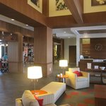 DoubleTree by Hilton Raleigh - Cary resmi