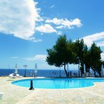 Photo de Milia Bay Hotel-Apartments