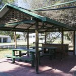 Free BBQ facilities at Kahlers Oasis Caravan and camping park in Warwick